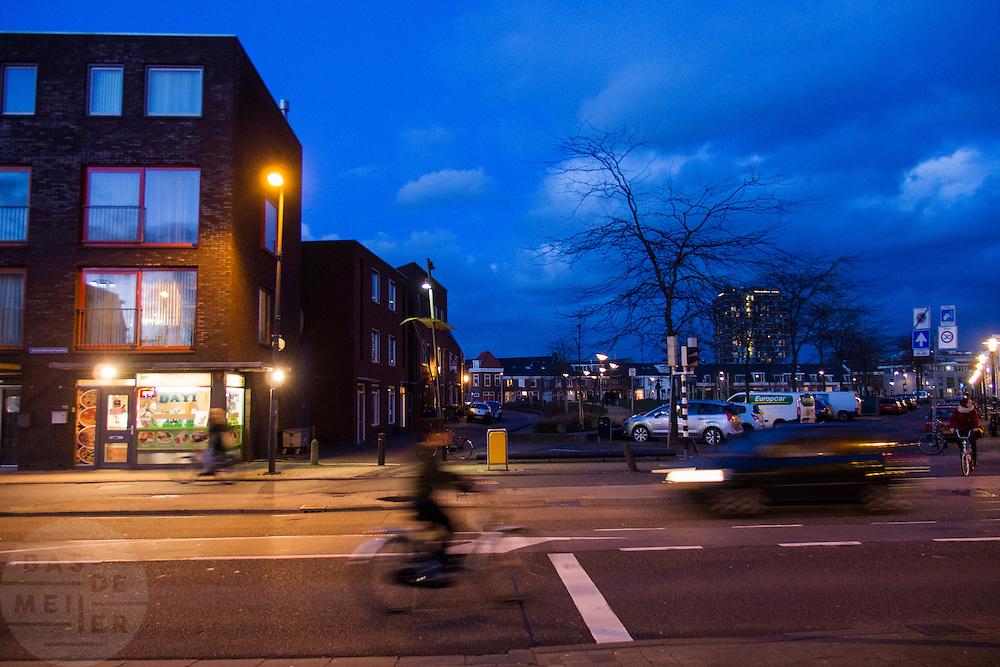 Verkeer op de Amsterdamsestraatweg in Utrecht.<br /> <br /> Traffic at the Amsterdamsestraatweg in Utrecht.