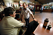 20151002/ Nicolas Celaya - adhocFOTOS/ URUGUAY/ MONTEVIDEO/ JOVENTANGO/ El bailarin Nazareno Listur enseña tango durante una clase en Joventango en el Mercado de la Abundancia. <br /> En la foto: El bailarin Nazareno Listur enseña tango durante una clase en Joventango en el Mercado de la Abundancia. Foto: Nicolás Celaya /adhocFOTOS