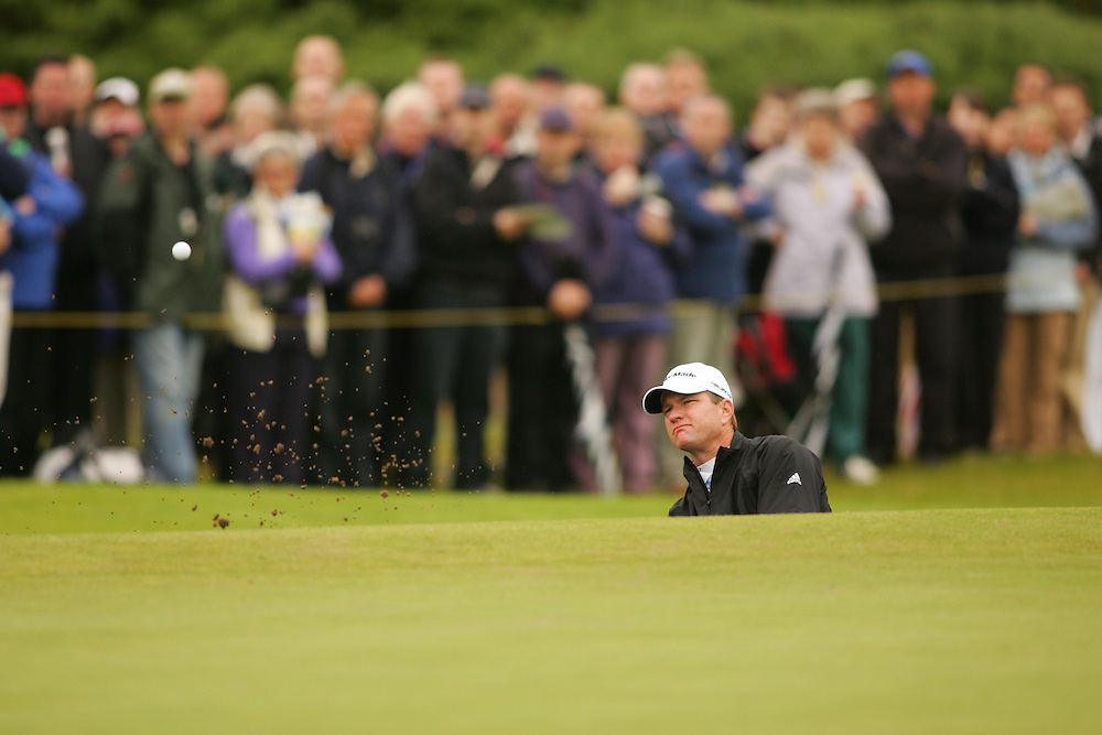 CARNOUSTIE, SCOTLAND - JULY 19: Scott Verplank hits out of a bunker during the first round of the 136th Open Championship in Carnoustie, Scotland at Carnoustie Golf Links on Thursday, July 19, 2007. (Photo by Darren Carroll/Getty Images) *** LOCAL CAPTION *** Scott Verplank