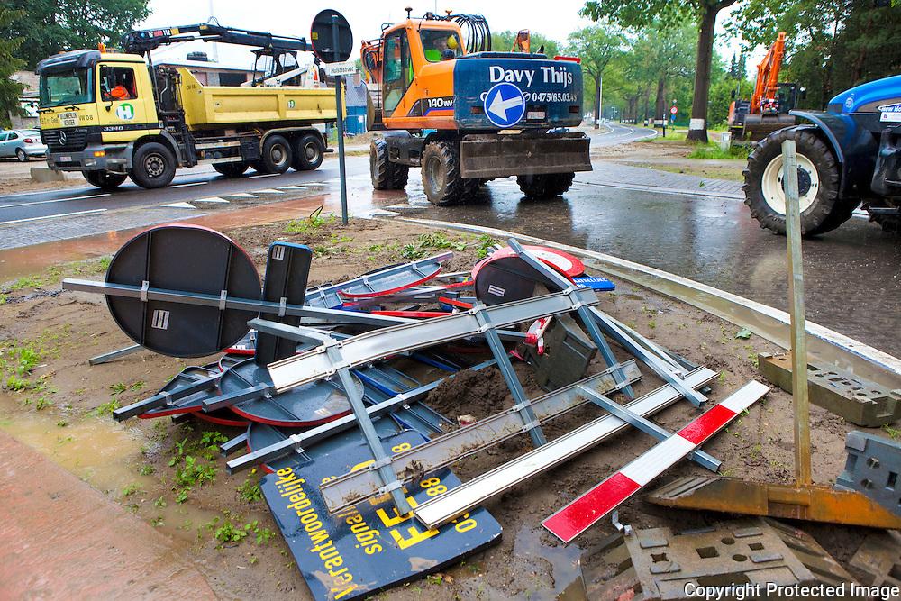 359668-Verwijdering van de verkeerssignalisatie van de wegenwerken bouwelsesteenweg-Nijlen
