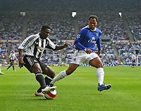 Photo: Andrew Unwin.<br /> Newcastle United v Everton. The Barclays Premiership. 24/09/2006.<br /> Newcastle's Obafemi Martins (L) attacks.