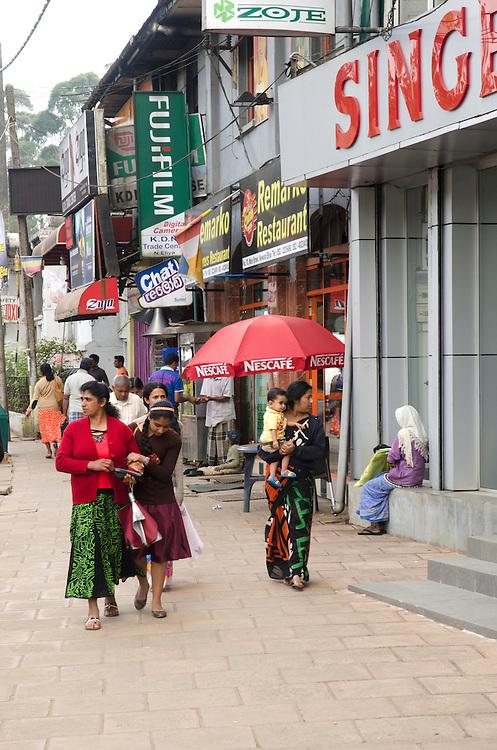 Street scene in Nuwara Eliya, Sri Lanka