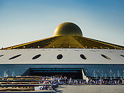 02 JANUARY 2016 - KHLONG LUANG, PATHUM THANI, THAILAND:  Wat Phra Dhammakay in Khlong Luang, Pathum Thani, Thailand, is the home temple of the Dhammakaya movement.          PHOTO BY JACK KURTZ