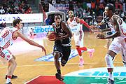 DESCRIZIONE : Varese Lega A 2013-14 Cimberio Varese Granarolo Bologna<br /> GIOCATORE : Hardt Dwight<br /> CATEGORIA : Palleggio penetrazione<br /> SQUADRA : Granarolo Bologna<br /> EVENTO : Campionato Lega A 2013-2014<br /> GARA : Cimberio Varese Granarolo Bologna<br /> DATA : 2612/2013<br /> SPORT : Pallacanestro <br /> AUTORE : Agenzia Ciamillo-Castoria/I.Mancini<br /> Galleria : Lega Basket A 2012-2013  <br /> Fotonotizia : Varese  Lega A 2013-14 Cimberio Varese Granarolo Bologna<br /> Predefinita :