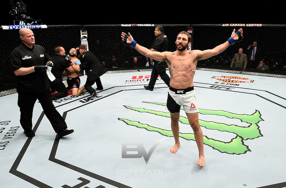 TORONTO, CANADA - DECEMBER 10:  Lando Vannata celebrates after his knockout victory over John Makdessi in their lightweight bout during the UFC 206 event inside the Air Canada Centre on December 10, 2016 in Toronto, Ontario, Canada. (Photo by Jeff Bottari/Zuffa LLC/Zuffa LLC via Getty Images)