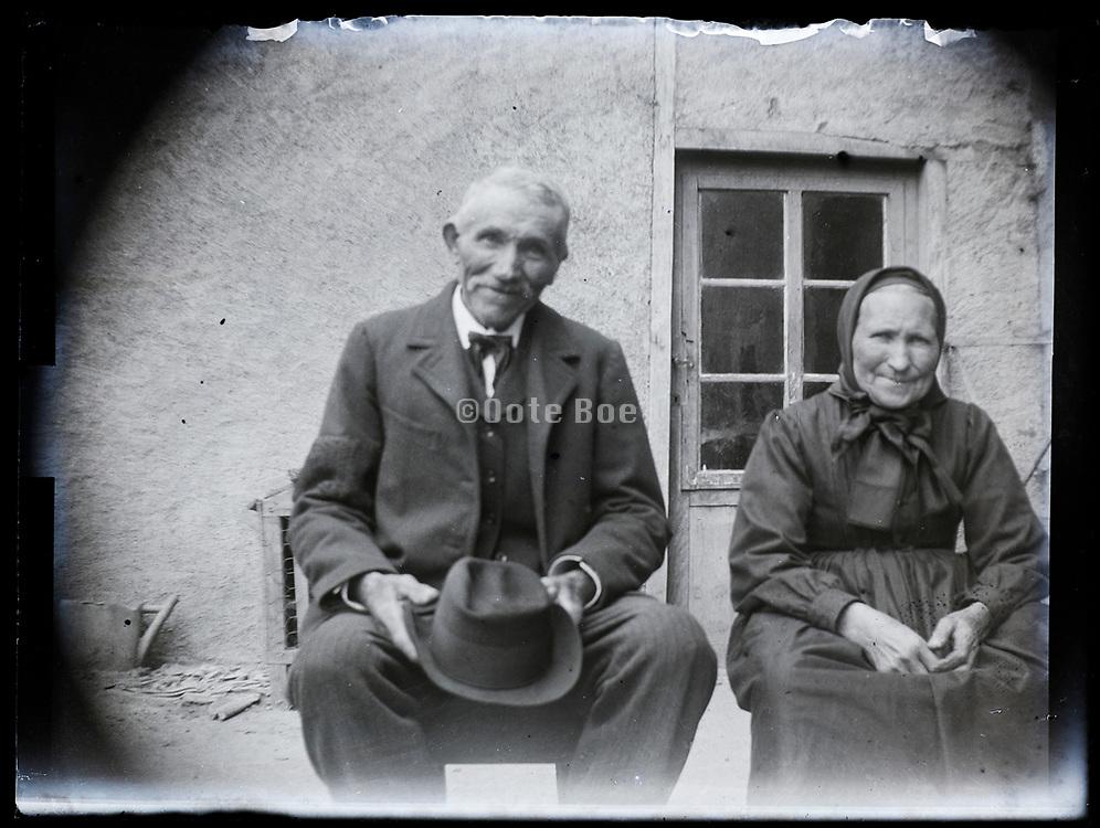 elderly people portrait France 1923