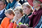 Koningsdag in Dordrecht / Kingsday in Dordrecht<br /> <br /> Op de foto / On the photo: <br /> <br />  Prinses Amalia , Prinses Alexia en Prinses Ariane met Koningin Maxima  // Princess Amalia, Princess Alexia and Princess Ariane with Queen Maxima
