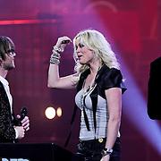 NLD/Amsterdam/20100415 - Uitreiking 3FM Awards 2010, Bridget Maasland en Giel Beelen en Sander Lantinga