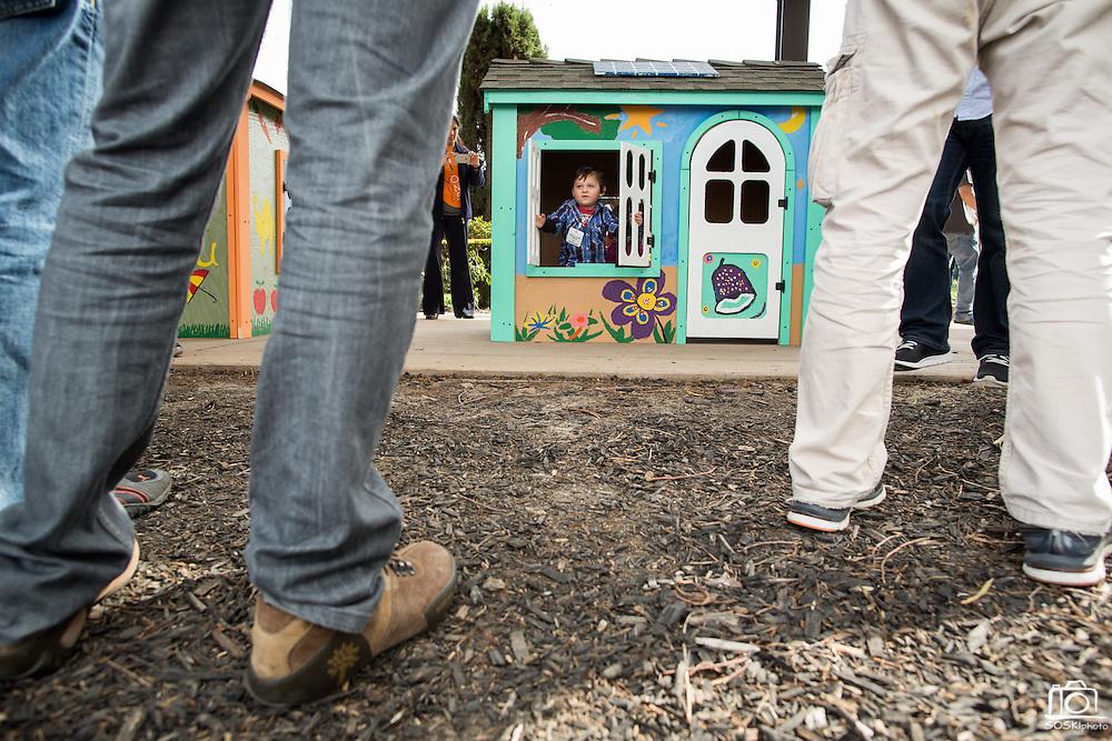 KLA-Tencor associates build playhouses for The Family Giving Tree at KLA-Tencor in Milpitas, California, on March 20, 2015. (Stan Olszewski/SOSKIphoto)
