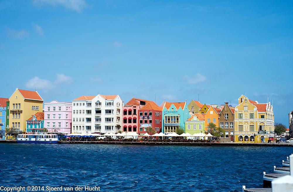 Punda gezien vanaf Otrabanda, Curaçao 2014