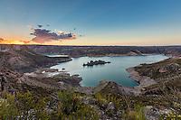 EMBALSE VALLE GRANDE AL ATARDECER, VALLE GRANDE, SAN RAFAEL, PROVINCIA DE MENDOZA, ARGENTINA (PHOTO BY © MARCO GUOLI - ALL RIGHTS RESERVED)