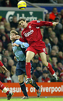 Fotball<br /> Premier League 2004/05<br /> Liverpool v Southampton<br /> 28. desember 2004<br /> Foto: Digitalsport<br /> NORWAY ONLY<br /> Antonio Nunez of Liverpool jumps for a header with Martin Cranie of Southampton