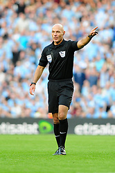Referee, Howard Webb - Photo mandatory by-line: Dougie Allward/JMP - Tel: Mobile: 07966 386802 22/09/2013 - SPORT - FOOTBALL - City of Manchester Stadium - Manchester - Manchester City V Manchester United - Barclays Premier League