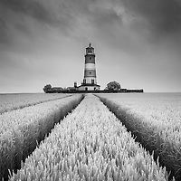 Took a trip to Happisburgh on Friday morning, to be mostly met with drizzle, but managed to get a few shots of the lighthouse