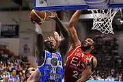 DESCRIZIONE : Sassari Lega Serie A 2014/15 Beko Supercoppa 2014 Finale Olimpia EA7 Emporio Armani Milano - Dinamo Banco di Sardegna Sassari<br /> GIOCATORE : Rakim Sanders Samardo Samuels<br /> CATEGORIA : Tiro Penetrazione Stoppata<br /> SQUADRA :  Dinamo Banco di Sardegna Sassari<br /> EVENTO :  Beko Supercoppa 2014 <br /> GARA : Olimpia EA7 Emporio Armani Milano - Dinamo Banco di Sardegna Sassari<br /> DATA : 05/10/2014 <br /> SPORT : Pallacanestro <br /> AUTORE : Agenzia Ciamillo-Castoria/ Luigi Canu<br /> Galleria : Lega Basket A 2014-2015 <br /> Fotonotizia : Sassari Lega Serie A 2014/15 Beko Supercoppa 2014 Finale Olimpia EA7 Emporio Armani Milano - Dinamo Banco di Sardegna Sassari<br /> Predefinita :