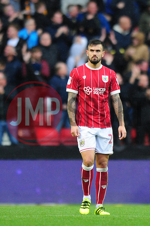 Marlon Pack of Bristol City cuts a dejected figure - Mandatory by-line: Dougie Allward/JMP - 21/10/2017 - FOOTBALL - Ashton Gate Stadium - Bristol, England - Bristol City v Leeds United - Sky Bet Championship