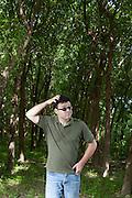 Aracuai_MG, Brasil...Retrato do musico Henrique Portugal. Henrique cultiva uma planta indiana usada no ramo agropecuario em Aracuai, Minas Gerais...Portrait of musician Henrique Portugal. Henrique cultivates a plant used in Indian agriculture in Aracuai, Minas Gerais...Foto: RODRIGO LIMA / NITRO