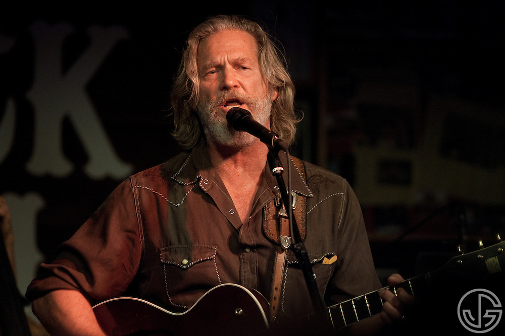 Jeff Bridges performs songs from his new, self-titled album at Maverick Saloon in Santa Ynez, California, on June 23, 2011. Jeff Bridges' self-titled album is due for an August 16, 2011, release on Blue Note Records.