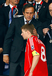 Athens, Greece - Wednesday, May 23, 2007: Liverpool's Steven Gerrard gets consoled from Michelle Platiny after losing 2-1 to AC Milan during the UEFA Champions League Final at the OACA Spyro Louis Olympic Stadium. (Pic by David Rawcliffe/Propaganda)
