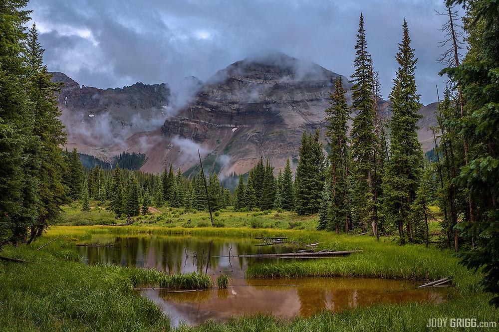 Hesperus Mountain or Debe'ntsa is a sacred mountain to the Din'e (The Navajo People).