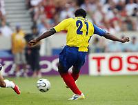 Photo: Chris Ratcliffe.<br /> England v Ecuador. 2nd Round, FIFA World Cup 2006. 25/06/2006.<br /> Carlos Tenorio of Ecuador hits the bar with this attempt.