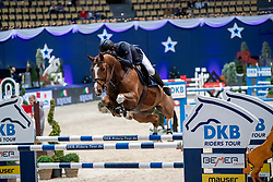 KREUZER Andreas (GER), Calvilot  <br /> München - Munich Indoors 2018<br /> Grosser Preis der Deutschen Kreditbank AG<br /> Finale DKB-Riders Tour<br /> 25. November 2018<br /> © www.sportfotos-lafrentz.de/Stefan Lafrentz