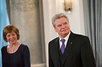 DEU, Deutschland, Germany, Berlin, 10.01.2013: <br />Bundespräsident Joachim Gauck und seine Lebensgefährtin Daniela Schadt während des Neujahrsempfangs für verdiente Bürger im Schloss Bellevue.
