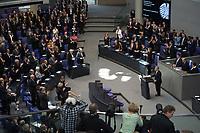 23 MAR 2012, BERLIN/GERMANY:<br /> Zum Ende der Antrittsrede von Joachim Gauck, Bundespraesident, erheben sich die Abgeordneten, gemeinsame Sitzung von Bundestag und Bundesrat anl. der Vereidigung des Bundespraesidenten, Plenum, Deutscher Bundestag<br /> IMAGE: 20120323-02-043<br /> KEYWORDS: Rede, speech, Übersicht, Plenarsaal
