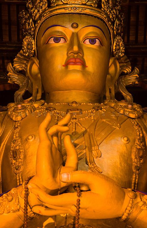 26 m high statue of Avalokiteshvara, Gandan Monastery, Ulaanbaatar, Mongolia. Photo © Robert van Sluis