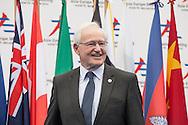 ASEM10, Vertice Euroasiatico, James Bolger, prime minister's special Envoy New Zeland