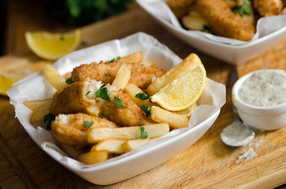 Lemon sole goujons with fries and tartar sauce
