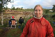 Cecilie Myrnes fra Honningsvåg tar master i sosialantropologi ved Univ. i Tromsø, på konflikten mellom grunneiere og reindrift i sørsamisk område. Skarpdalen.