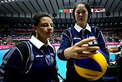 01-09-2013 VOLLEYBAL: WGP FINAL CHINA - BRAZILIE: SAPPORO<br /> Brazilie verslaat eenvoudig China met 3-0 en is World Grand Prix 2013 winnaar / Referee Mrs. Susana Jativa (SPA) en Referee Ms. Joo-Hee Kang (KOR)<br /> ©2013-FotoHoogendoorn.nl