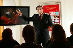 O Diretor de Marketing do Banco Matone, Carlos Alberto Carvalho Filho durante sua palestra sobre marketing. FOTO: Jefferson Bernardes/Preview.com