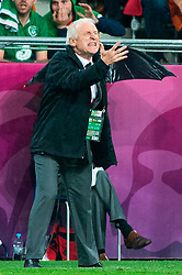 10.06.2012, Staedtisches Stadion, Posen, POL, UEFA EURO 2012, Irland vs Kroatien, Gruppe C, im Bild TRENER (COACH) GIOVANNI TRAPATTONI // during the UEFA Euro 2012 Group C Match between Ireland and Croatia at the Municipal Stadium Poznan, Poland on 2012/06/10. EXPA Pictures © 2012, PhotoCredit: EXPA/ Newspix/ Jakub Kaczmarczyk..***** ATTENTION - for AUT, SLO, CRO, SRB, SUI and SWE only *****
