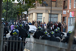 licensed to London News Pictures. London, UK. 8th August 2011. Rioting in Hackney, London. Violence around Mare Street and the Penbury Estate in Hackney, East London. Photo credit should read Jules Mattsson/LNP