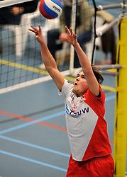 18-02-2012 VOLLEYBAL: TAUW GEMINI S - VOCASA: HILVERSUM<br /> B League heren, VoCASA wint vrij eenvoudig in Hilversum 22-25, 20-25, 22-25 / Erik van Iperen<br /> ©2012-FotoHoogendoorn.nl