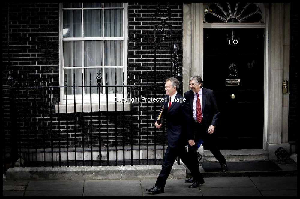 Tony Blair leaves for his last PmQ as pm PRESS ASSOCIATION Photo. Picture date:Wednesday 27th June  , 2007. Photo credit should read: Andrew Parsons/PA.