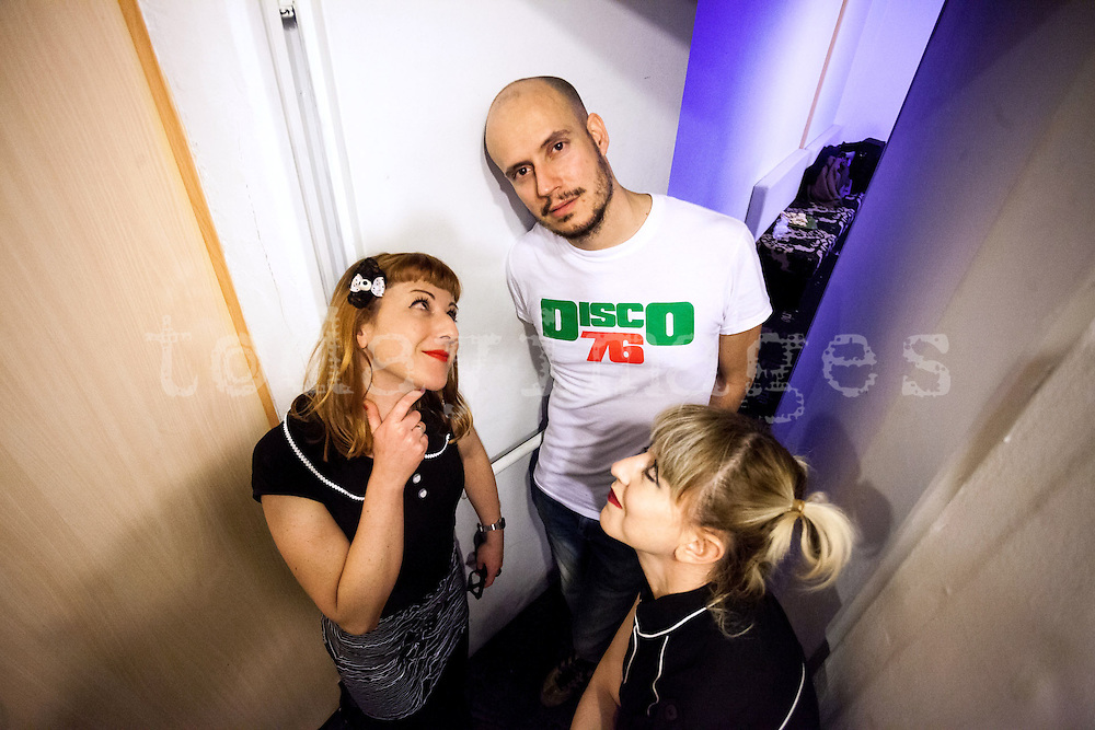 Guille Milkyway and two fans (Susie and Marta)