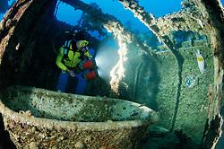 Schiffswrack Rosalie Moller (faelschlicherweise oftmals Moeller genannt) und Taucher im Schiffs Wrack, Shipwreck Rosalie Moller and Scuba diver inside the ship wreck, Rotes Meer, Ägypten, Red Sea Egypt