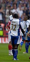 Photo: Daniel Hambury.<br />Charlton Athletic v Portsmouth. The Barclays Premiership. 16/09/2006.<br />Portsmouth's Lomana LuaLua celebrates his goal.
