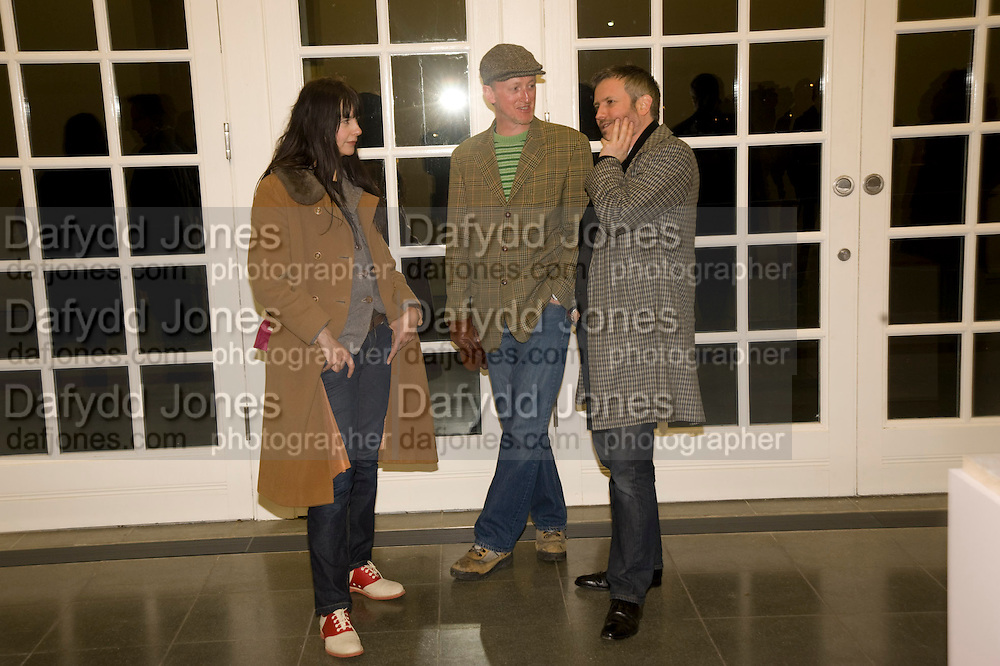 GILLIAN WEARING; MICHAEL LANDY; JAKE MILLER. Rebecca Warren exhibition opening at the Serpentine Gallery. London.  9 March  2009 *** Local Caption *** -DO NOT ARCHIVE -Copyright Photograph by Dafydd Jones. 248 Clapham Rd. London SW9 0PZ. Tel 0207 820 0771. www.dafjones.com<br /> GILLIAN WEARING; MICHAEL LANDY; JAKE MILLER. Rebecca Warren exhibition opening at the Serpentine Gallery. London.  9 March  2009