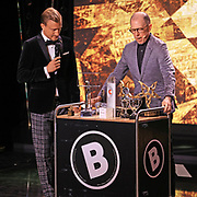 Moderator des Abends Stefan Büsser und Viktor Giacobbo. Verleihung der Swiss Comedy Awards am 20. September 2020 im Bernhard Theater Zürich.