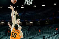 08-09-2015 CRO: FIBA Europe Eurobasket 2015 Slovenie - Nederland, Zagreb<br /> De Nederlandse basketballers hebben de kans om doorgang naar de knockoutfase op het EK basketbal te bereiken laten liggen. In een spannende wedstrijd werd nipt verloren van Slovenië: 81-74 / Alen Omic of Slovenia vs Nicolas de Jong of Netherlands. Photo by Vid Ponikvar / RHF