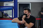 Boxen: Giants Professional Boxing, Session 3, Hamburg, 17.04.2021<br /> Natalie Zimmermann (GER) - Fagbule Oluwafanke Ester (GER)<br /> © Torsten Helmke