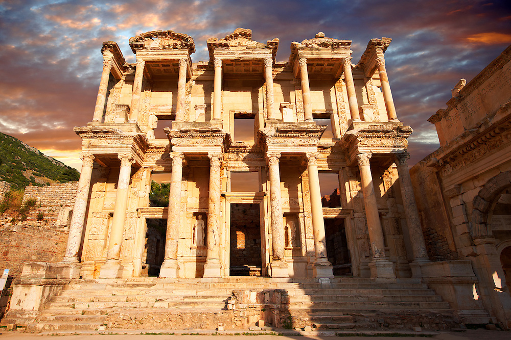 Picture of The library of Celsusat sunrise . Images of the Roman ruins of Ephasus, Turkey. Stock Picture & Photo art prints 1 .<br /> <br /> If you prefer to buy from our ALAMY PHOTO LIBRARY  Collection visit : https://www.alamy.com/portfolio/paul-williams-funkystock/ephesus-celsus-library-turkey.html<br /> <br /> Visit our TURKEY PHOTO COLLECTIONS for more photos to download or buy as wall art prints https://funkystock.photoshelter.com/gallery-collection/3f-Pictures-of-Turkey-Turkey-Photos-Images-Fotos/C0000U.hJWkZxAbg