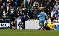 Photo: Steve Bond/Richard Lane Photography.<br />Coventry City v Chelsea. FA Cup 6th Round. 07/03/2009. Alex (L) wheels away after scoring no2