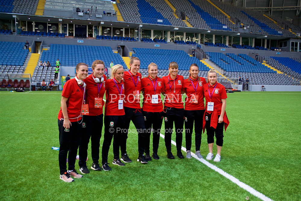 ASTANA, KAZAKHSTAN - Sunday, September 17, 2017: Wales players line-up for a group photograph before the FIFA Women's World Cup 2019 Qualifying Round Group 1 match between Kazakhstan and Wales at the Astana Arena. L-R: Georgia Evans, Chloe Lloyd, Nadia Lawrence, goalkeeper Laura O'Sullivan, Emma Beynon, Gemma Evans, Kayleigh Green, Alice Griffiths. (Pic by David Rawcliffe/Propaganda)