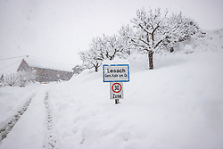 """THEMENBILD - Situation in Kals, Ortsteil Lesach, aufgenommen am Sonntag, 6. Dezember 2020, in Osttirol. Der Winter macht sich in Teilen Österreichs mit enormen Schnee- und Regenmengen bemerkbar. Die anhaltend starken Schneefälle sowie Sturm auf den Bergen haben in Osttirol die Lawinengefahr weiter ansteigen lassen. Der Lawinenwarndienst Tirol gab für Sonntag Stufe """"5"""", also die höchste Gefahrenstufe, aus. // Situation at the L026 Kalser Landesstrasse near Lesach, taken on Sunday, December 6, 2020, in East Tyrol. The winter is making itself felt in parts of Austria with enormous amounts of snow and rain. The continuing heavy snowfall and storms on the mountains have further increased the danger of avalanches in East Tyrol. The Avalanche Warning Service Tyrol issued level """"5"""", the highest danger level, for Sunday. EXPA Pictures © 2020, PhotoCredit: EXPA/ Johann Groder"""