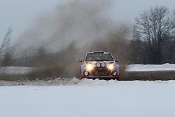 06.02.2014, Torsby, Hagfors, SWE, FIA, WRC, Schweden Rallye, Tag 2, im Bild Juho Haenninen/Tomi Tuominen (Hyundai Motorsport/i20 WRC), Action / Aktion // during the FIA WRC Sweden Rally at the Torsby in Hagfors, Sweden on 2014/02/07. EXPA Pictures © 2014, PhotoCredit: EXPA/ Eibner-Pressefoto/ Bermel<br /> <br /> *****ATTENTION - OUT of GER*****